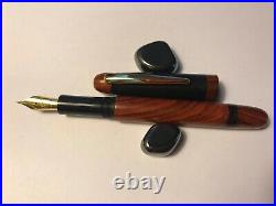 Fountain pen, hand made in Ebony and Rosewood